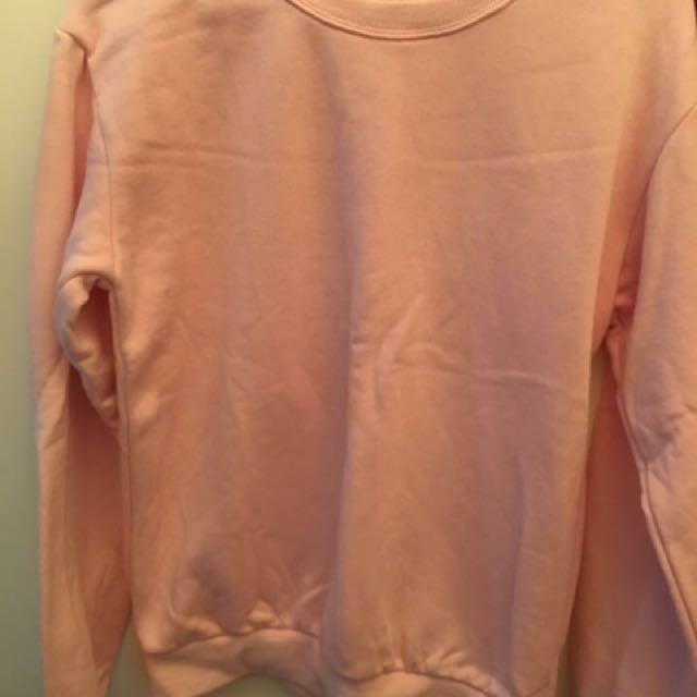 素面素色淡粉色刷毛大學T  全新沒穿過、但是買回來有下水洗過 #我的女裝可超取