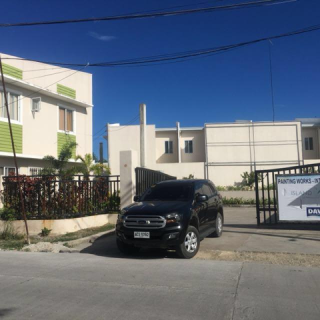 Town house in lapu-lapu 10k reservation puyo daun