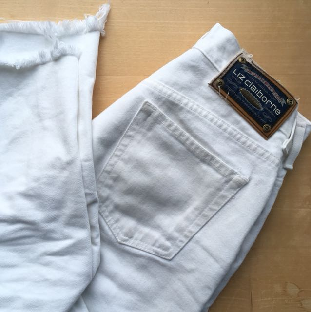 White High waisted vintage jeans