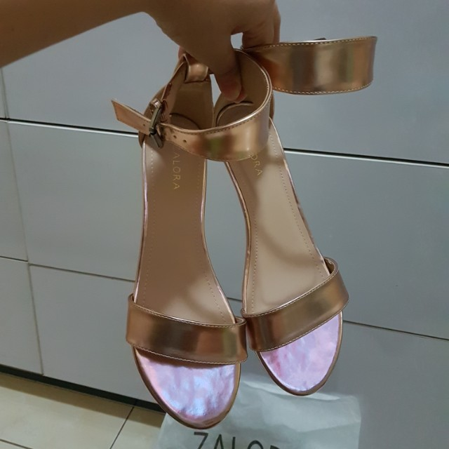 Zalora rose gold wedges new! Bisa barter.