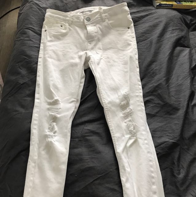 5ae9d967 zara white ripped skinny jeans, Women's Fashion, Clothes on Carousell