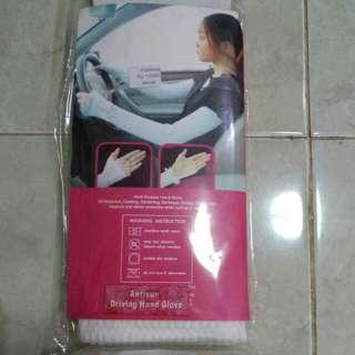 Driving hand glove
