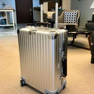 """Rimowa classic 20"""" cabin size luggage"""