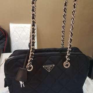 ✔👍 Prada Shoulder Bag 👌💯% Authentic
