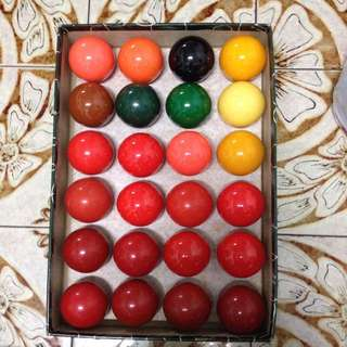 Snooker Balls - Aramith Brand