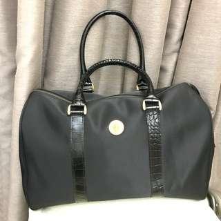 New Anne klein big traveling bag, handbag , shoulder bag 全新Anne klein 中型旅行袋,手挽袋,肩袋