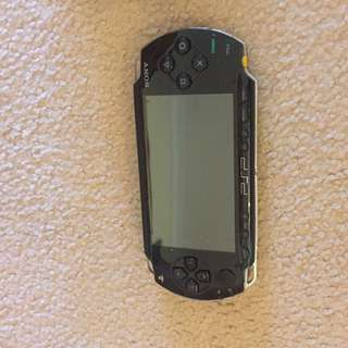 Sony PSP 10/10 condition comes with 2 games