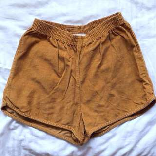 🌟AMERICAN APPAREL Vintage high waisted shorts size S