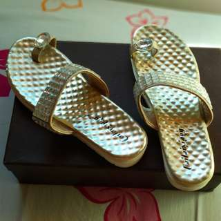 Sandal gold bling-bling size 35