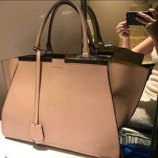 (Used) Fendi 3jours bag 袋 Can put A4 $3500