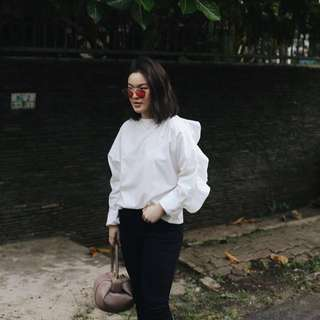White tops with frill