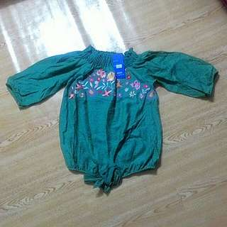 Green offshoulder blouse for teens