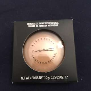 Mac Mineralize Skinfinish In Medium Dark