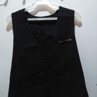 Markus black Vest