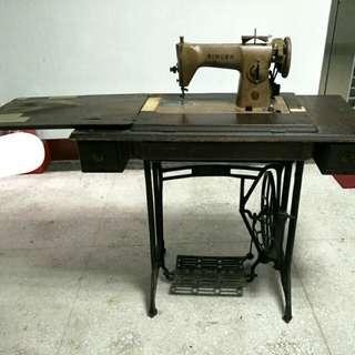 復古.中古縫紉機 縫衣機