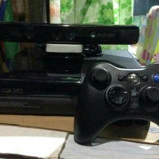 Xbox 360 w/ kinect + 12 free games