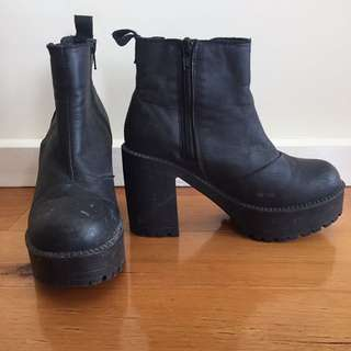 ROC Black heeled boots