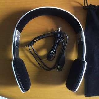 Blue tooth headset/headphone