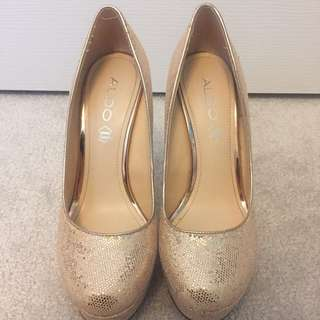 Gold Sequinned Pumps