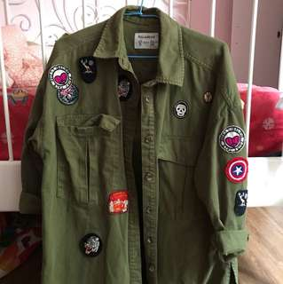 Patch green denim pull and bear outer