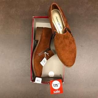 Sepatu payless sale
