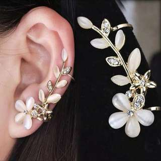 Anting tusuk bunga