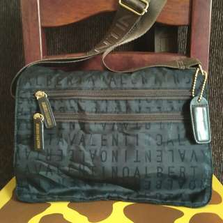 Alberta Valentino unisex sling bag