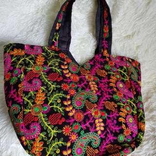 BN roomy shoulder bag.