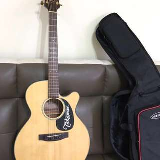 Mint condition Takamine acoustic guitar