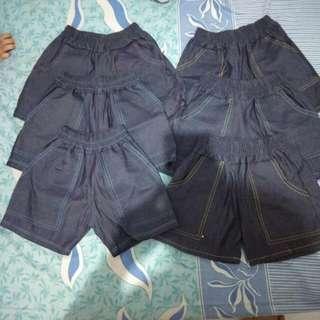 Celana Harian