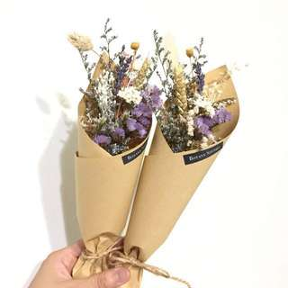 Small Dried Flower Bouquet / small bouquet