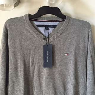 Tommy Hilfiger Gray sweater in Size XS