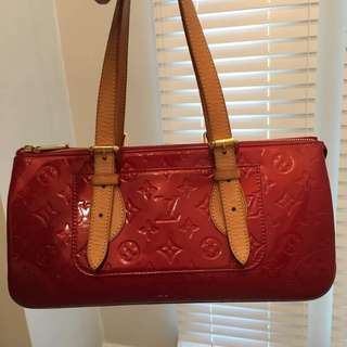 💯Authentic Louis Vuitton Rose Wood in Red
