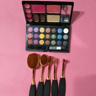 Professional Make-Up  n brushes