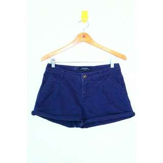 CACHE CACHE navy shorts