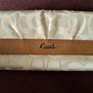 🚚 COACH長皮夾 保證是正的 有點小小生鏽