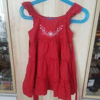 Sleeveless dress 3 to 4 y/o