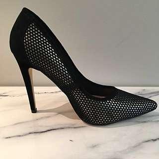 Ladies Ce Soir Size 8.5 Stilettos  - Never Worn