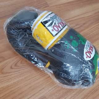 Authentic Yokkao 16oz boxing gloves