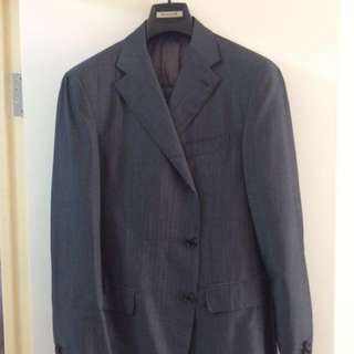 New with tags Raphaele Caruso hand stitched business suit Italian master tailoring