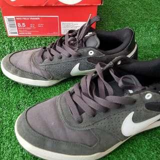 Nike Field Trainer