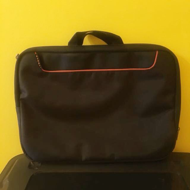 "15"" padded laptop case with carry handle"