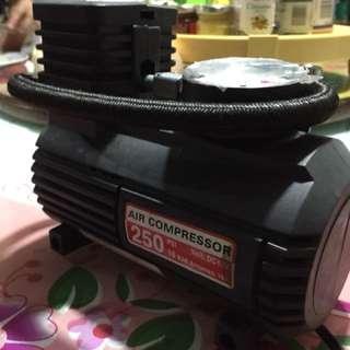 Portable Air compressor (tire pump)