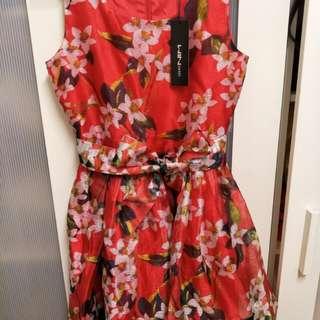 美花短紅洋裝