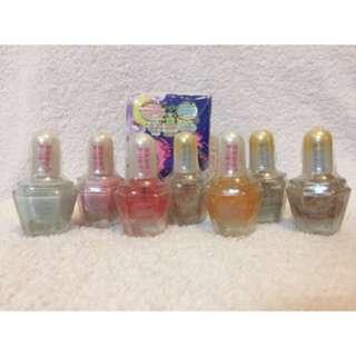 2003年絕版 只能作收藏 容器是玻璃製 twin stars 指甲油瓶 (價錢是一支計)