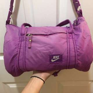Nike women's sports bag (Violet)