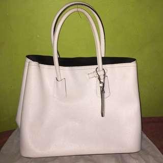 SAERA WHITE BAG