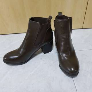 Brand new leather boot heel Dark brown