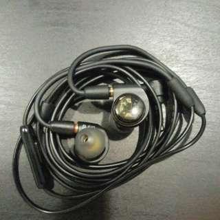 Audio-technica ATH-E40 Professional In-ear Monitor