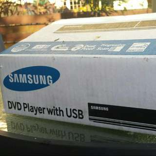 Samsung DVD player with USB (E-360)